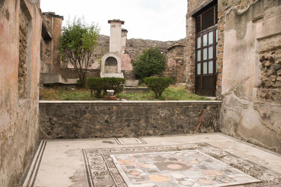 pompeii-studio-sophy-12.jpg