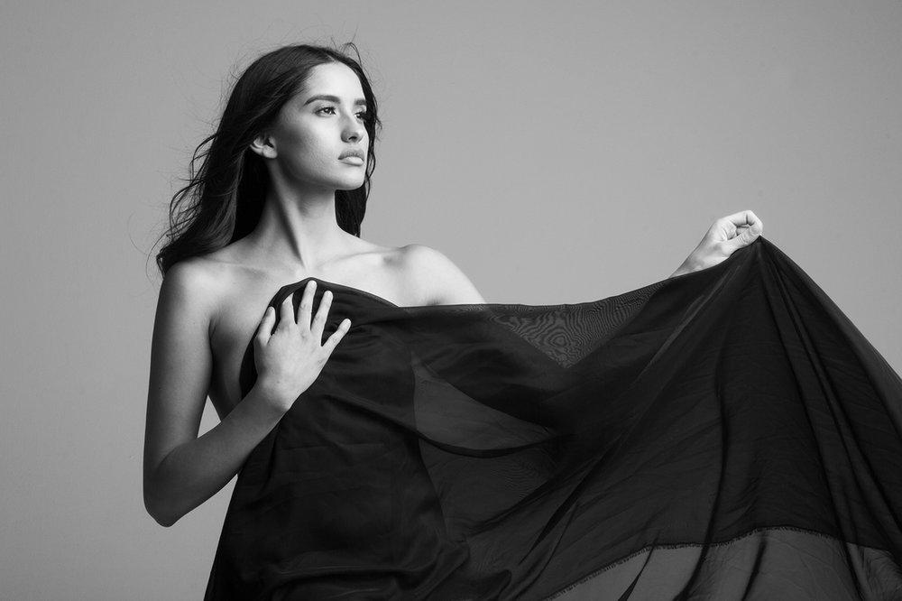 jenna-leos-studio-sophy-sophia-liu-photography