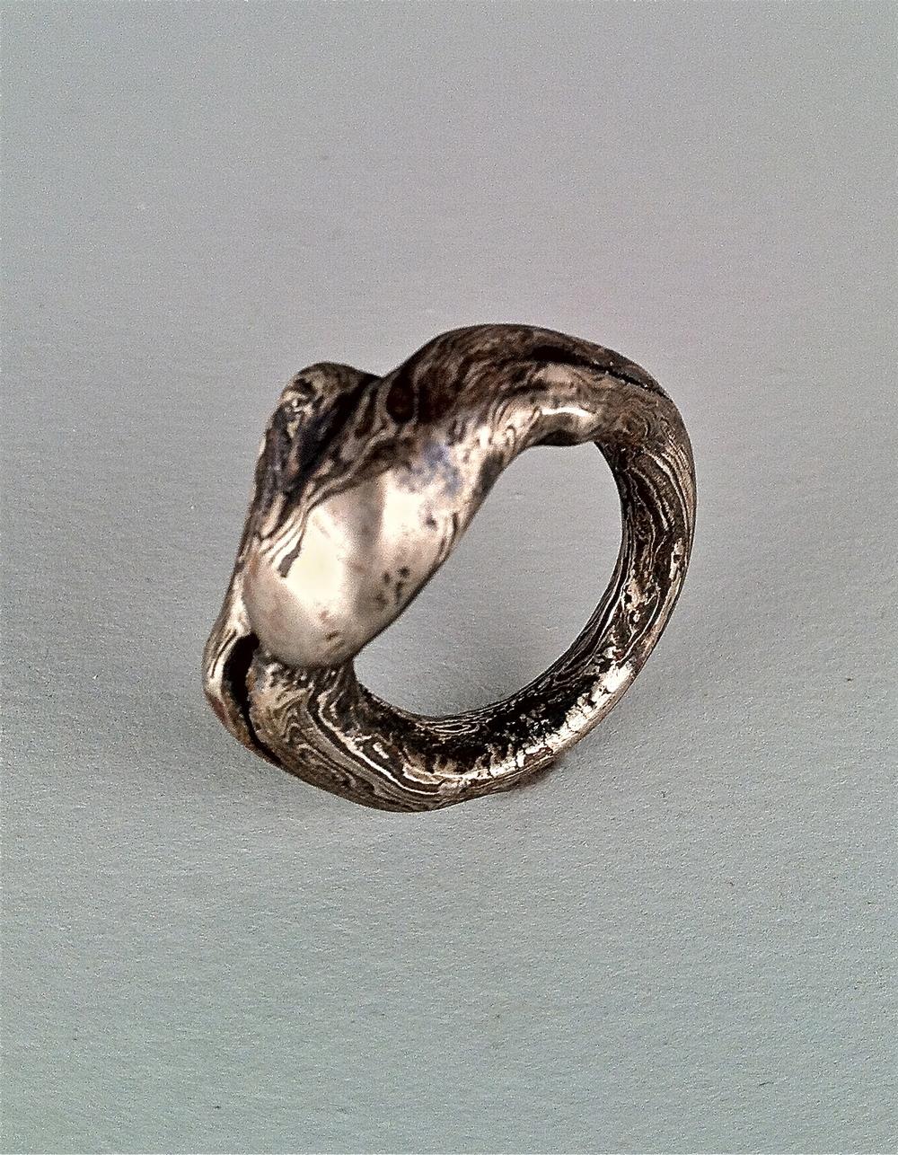 Dam.ring.organic.jpg