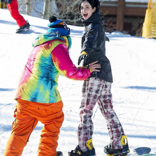 Krysten Ritter learning to ride, thanks to The Dingo. #LTR #learntoride #sundance #oakley #oakleyfamily #parkcity #dingo #krystenritter