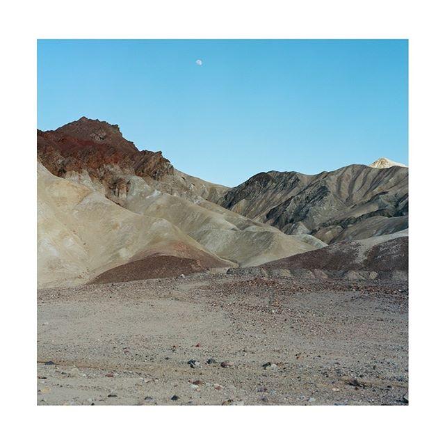 Death Valley . . . . . .  #hasselblad500cm #portra400 #kodak #hippomag #deathvalley  #gominimalmag  #deathvalleynationalpark #somewheremagazine  #taintedmag #ishootfilm #imaginarymagnitude #paperjournalmag #burnmagazine #weltraumzine #oksfieldmag  #dazedandexposed #mytinyatlas  #rentalmag  #anotherplacemagazine #minimalzine  #artwista_gallery #furnacecreek #lensculture #millennium_images #palepalmcollection #photo_collective #rentalmag