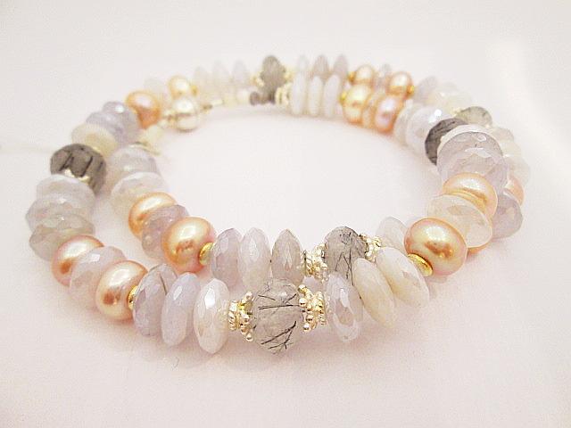 náhrdelník z přírodních kamenů,chalcedon,křištál,turmalín,perla,stříbrné komponenty 925,1000.Cena 6300,-Kč.KOD 27.JPG