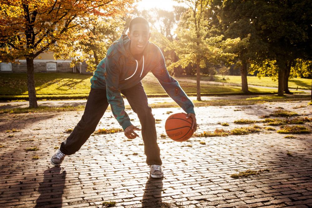 boys-Senior-portraits-seattle-spencer-wallace-photography-basketball.jpg