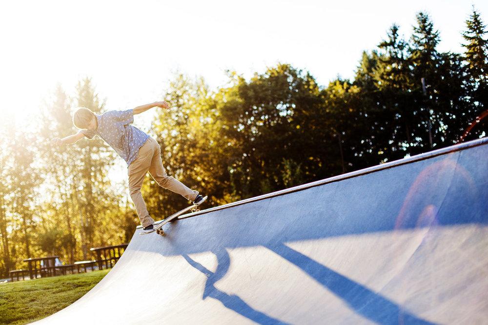 boys-Senior-portraits-seattle-spencer-wallace-photography-skateboarding.jpg