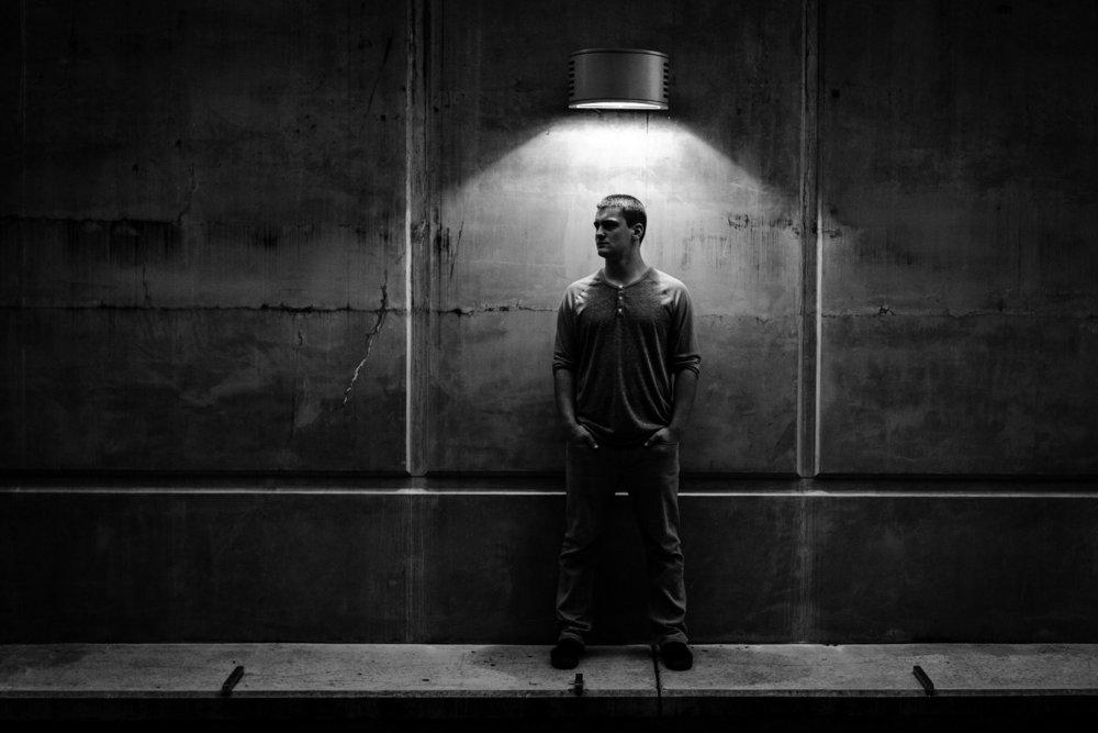 Senior-portraits-seattle-spencer-wallace-photography-black-white.jpg