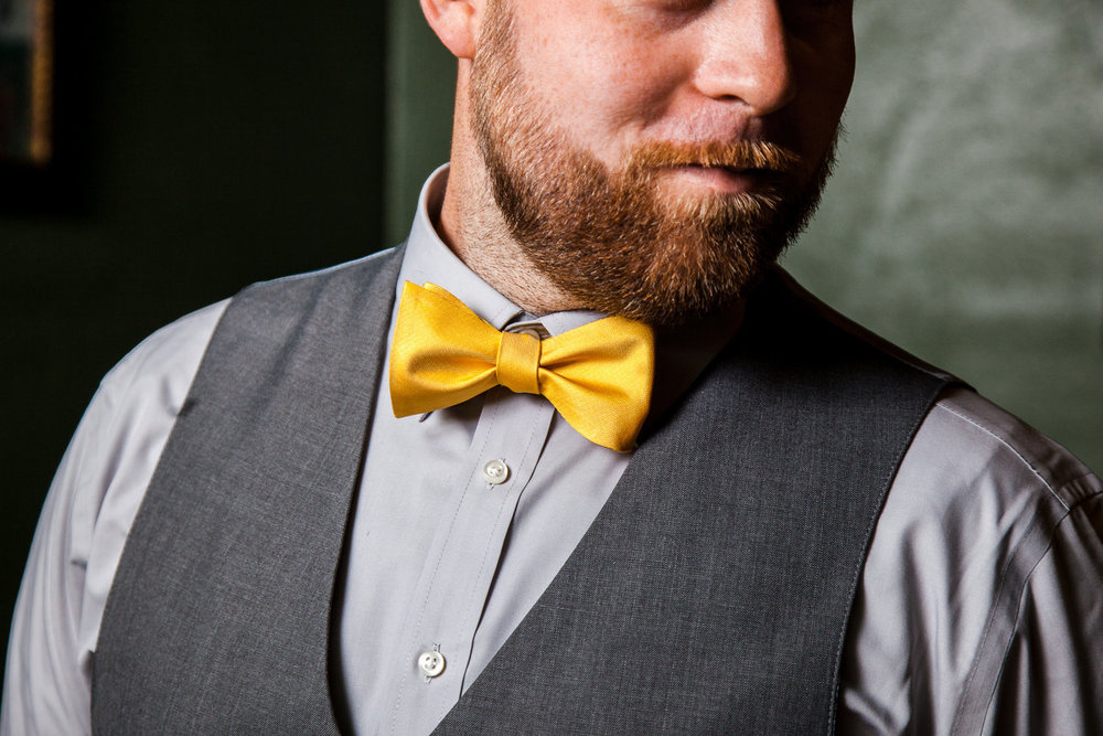 Bowtie-groom-brick-Wedding-spencer-wallace-photography-seattle.jpg