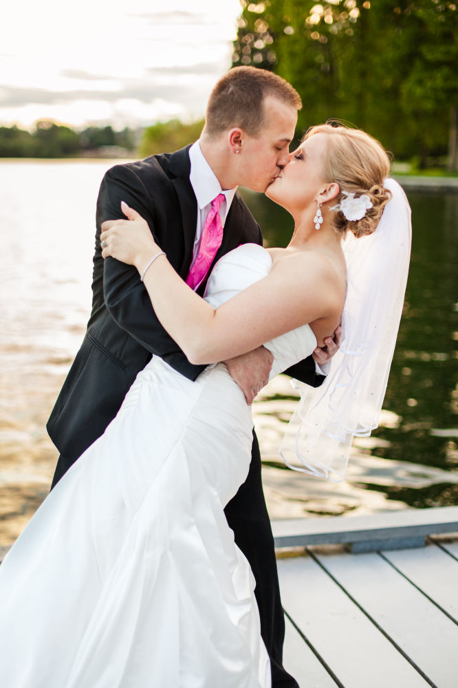 Bride-groom-outdoor-Wedding-spencer-wallace-photography-seattle-greenlake2.jpg