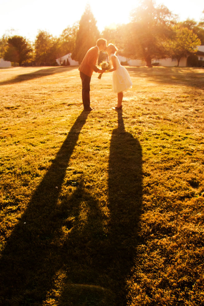 Bride-groom-outdoor-Wedding-spencer-wallace-photography-seattle-sunset.jpg