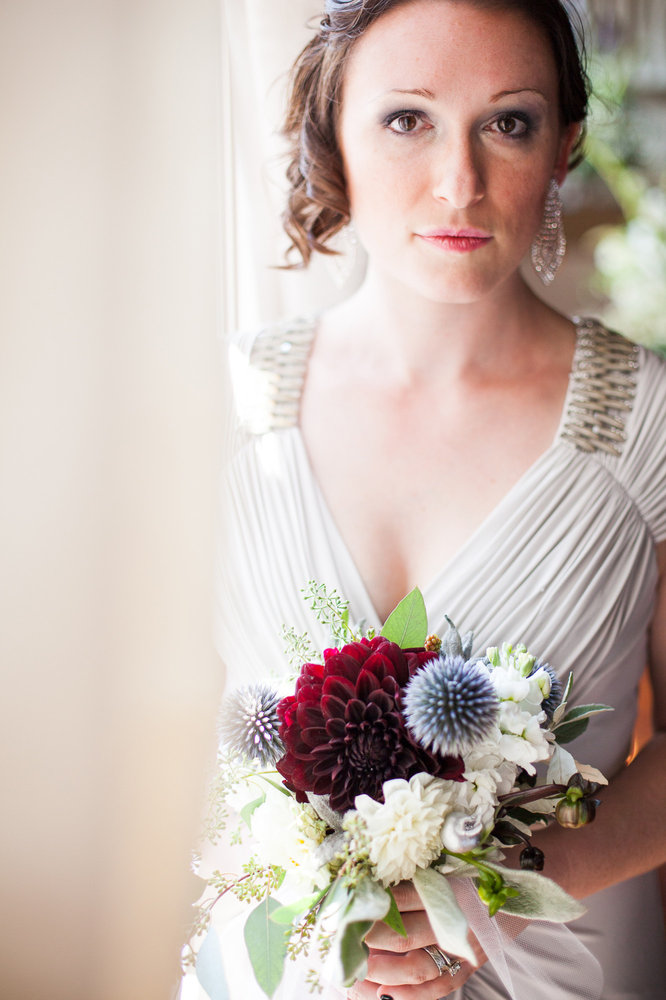 Bride-Wedding-spencer-wallace-photography-bouquet-seattle.jpg