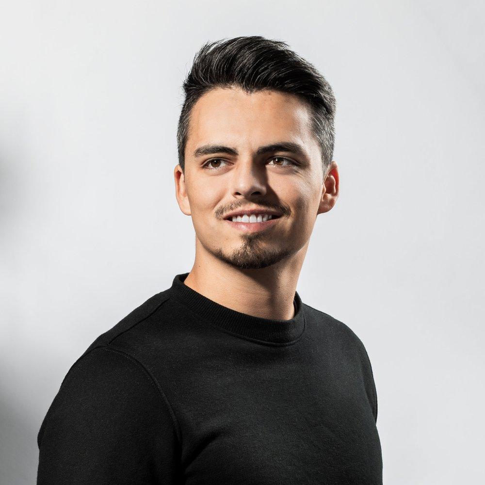 Spencer-Headshot-2018.jpg
