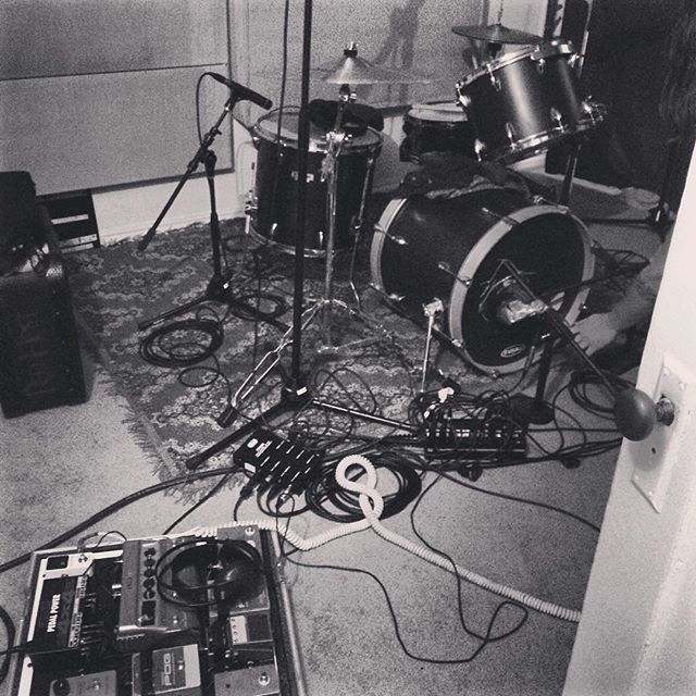 Pit stop recording session for KXRY @sessionsfromthebox in Portland before we head to Olympia tonight.