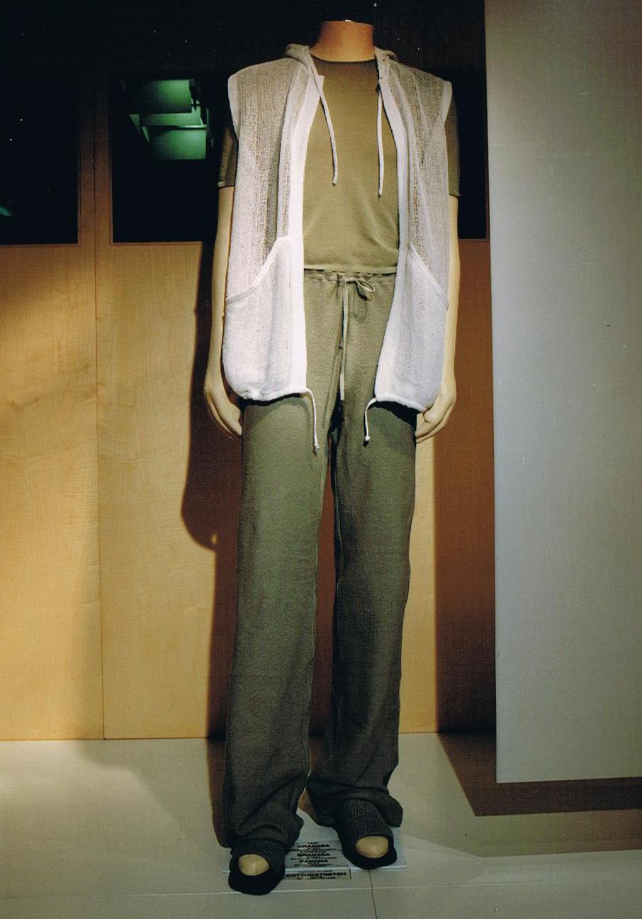 Giuliano&GiusyMarelli_Collezione-SS-2000_Romantic-Sporty-Life_26_Made-in-Italy_Maglieria_Maglia_Knit.jpg