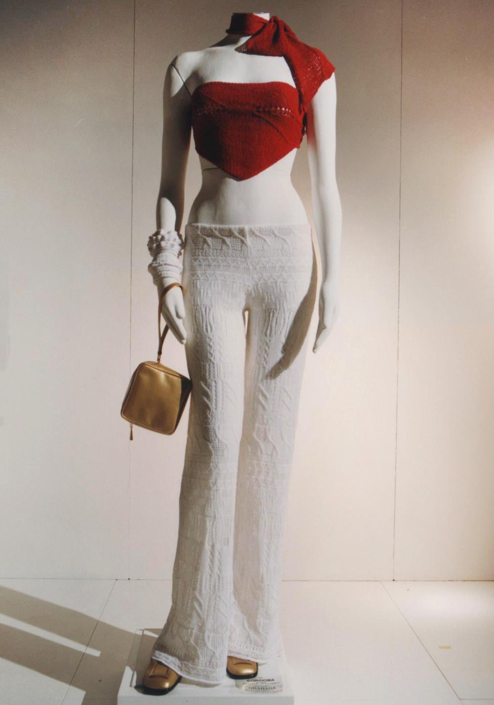 GiulianoeGiusyMarelli_ItalianSummer_2001_MadeInItaly_Knitwear_Design_9.jpg