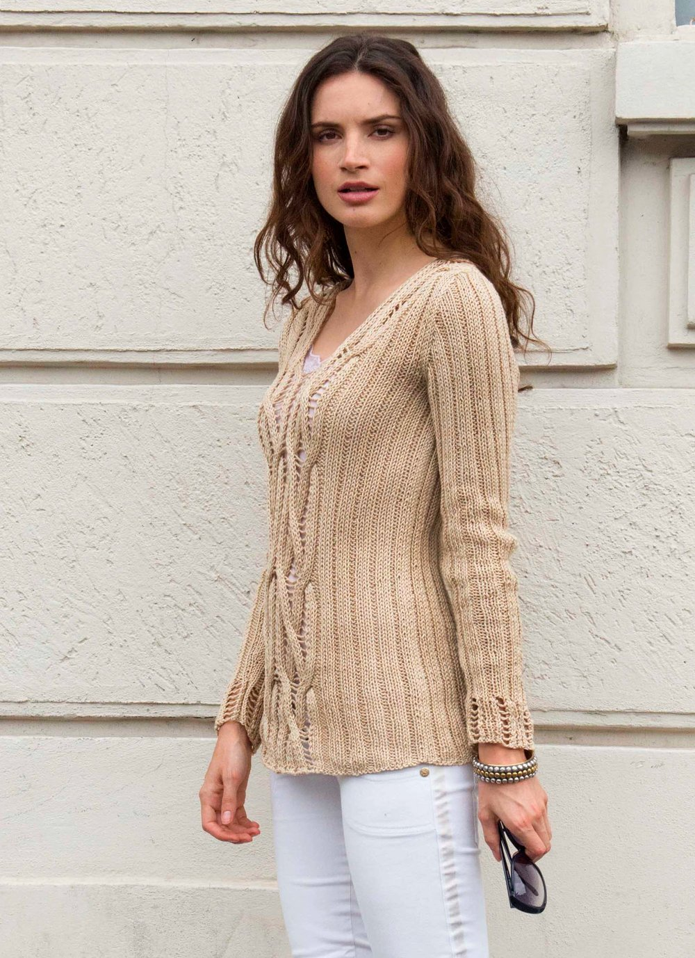 Giuliano&GiusyMarelli_Pull Onde di sabbia_Side_Knit 'd' Crochet Collection_.jpg
