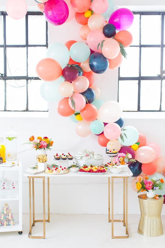 balloon-cake-table-colour.jpg