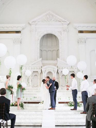 white-balloons-wedding-ceremony-styling.jpeg