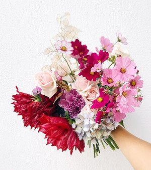 Send gift flowers lime tree bower sydney bouquet flowers corporate delivery cbdg negle Images