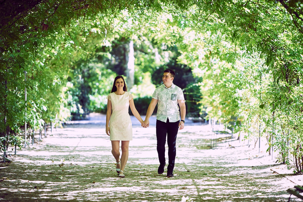 engagement shoot adelaide botanic gardens