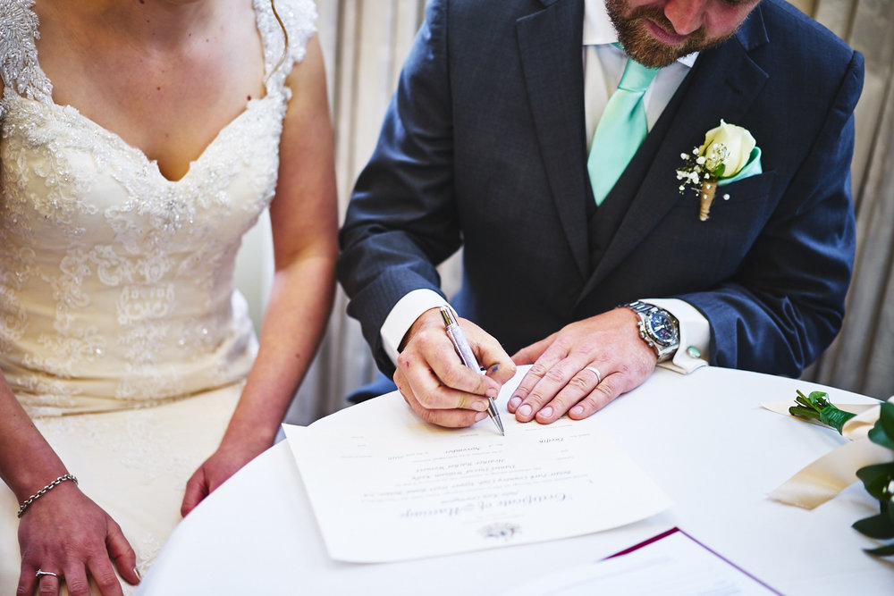 wedding signing registrar