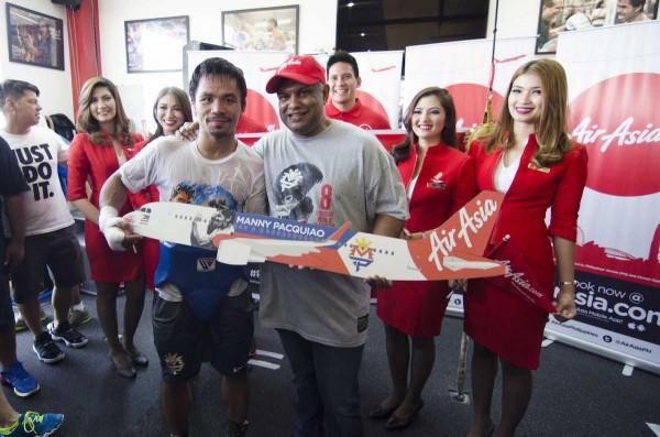 Manny-Pacquiao-with-AirAsia-President-Tony-Fernandez-600x397.jpg