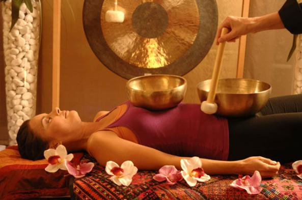 valentinayoga-massaggio-campana-tibetana