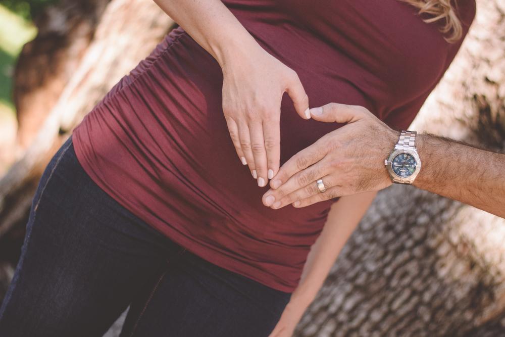 CSchrackPhoto_Maternity_Kelly-124.jpg
