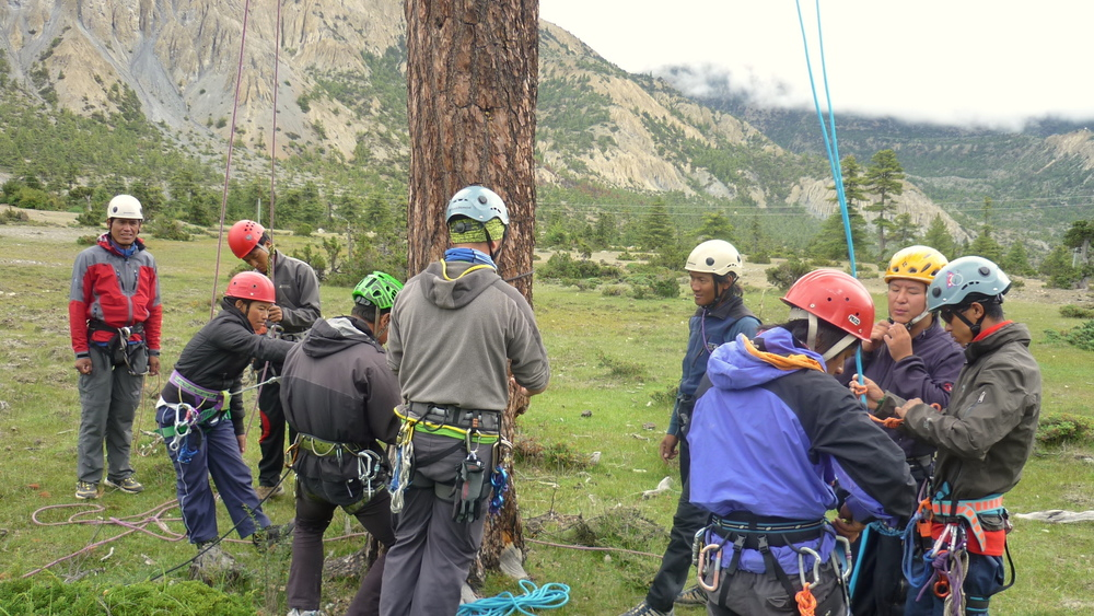 Climbing_Traning_Responsible_Team_Adventure_Alternative_Nepal.JPG