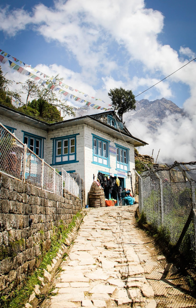 house-above-lukla.jpg