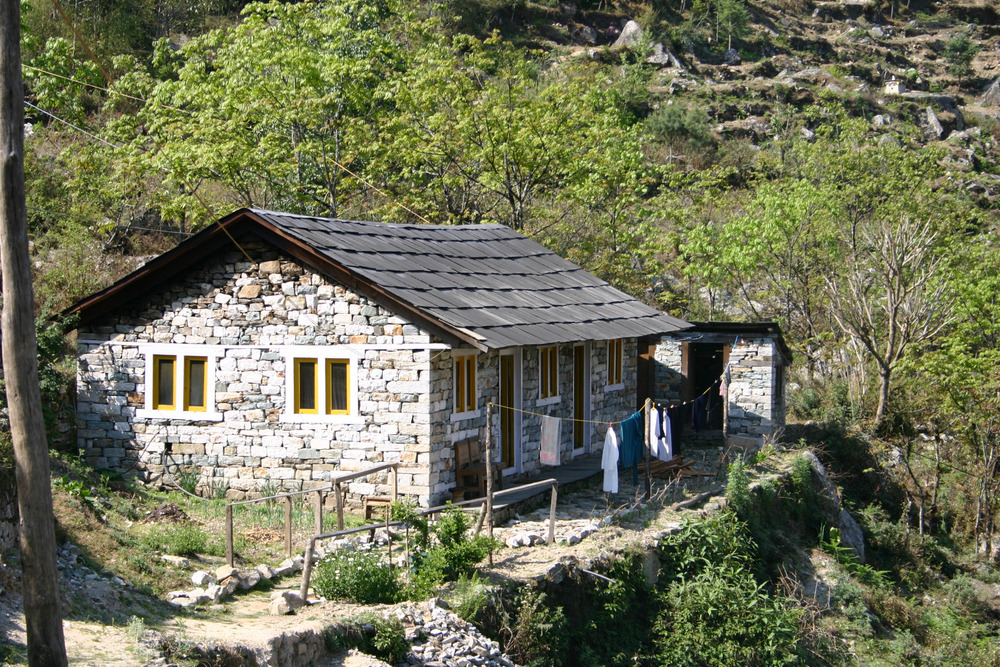 house-below-lukla.jpg