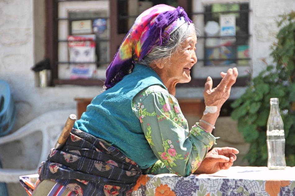 nepal_langtang_old-nepali-lady.jpg