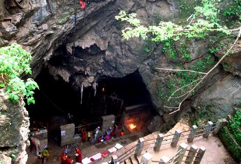 halesi-mahadve-temple.jpg