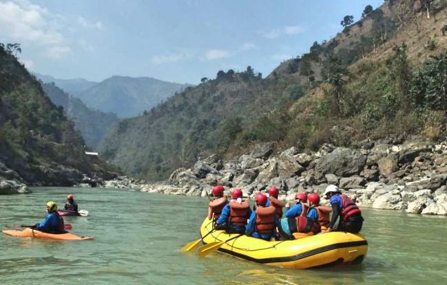 Trishuli_River_Rafting_Adventure_Alternative_Nepal.jpg