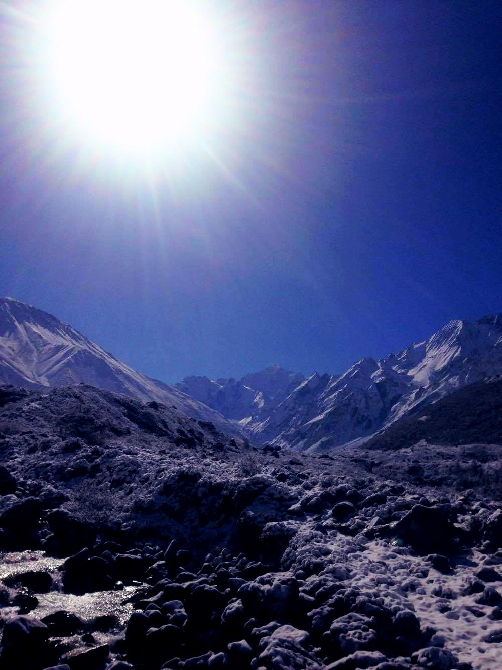 Langtang_Sun_is_shining_April_2016_Adventure_Alternative_Nepal.jpg