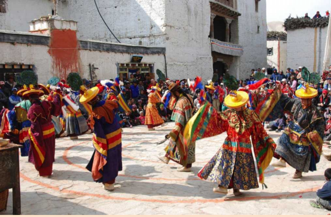 Traditional dance during the Tiji Festival