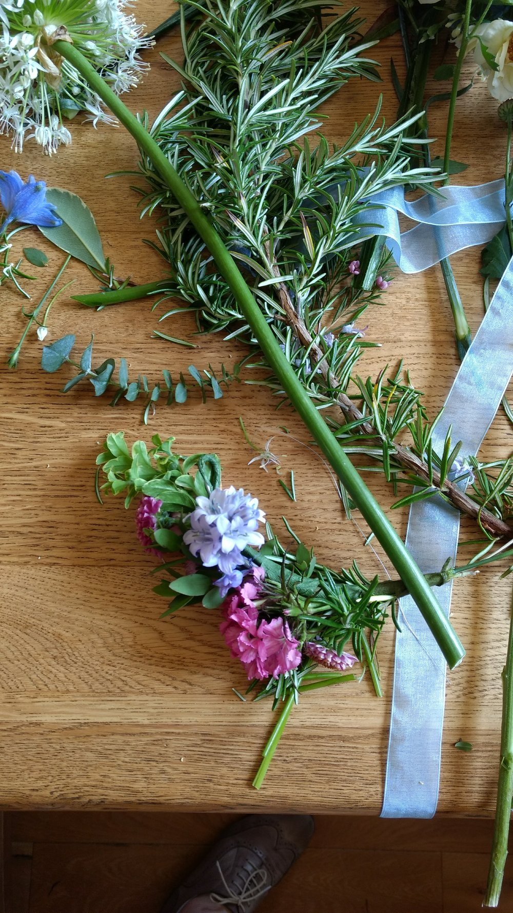 flower crown workshop (3).jpg