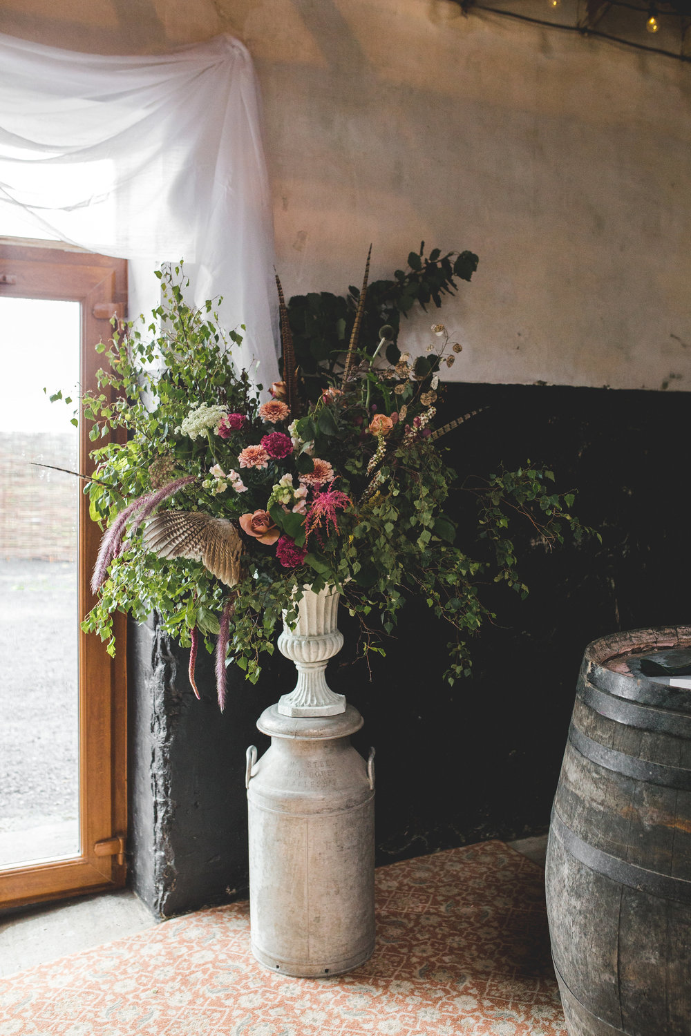 Ceremony flowers at Harelaw Farm. Photo by  Kellee Quinn Photography