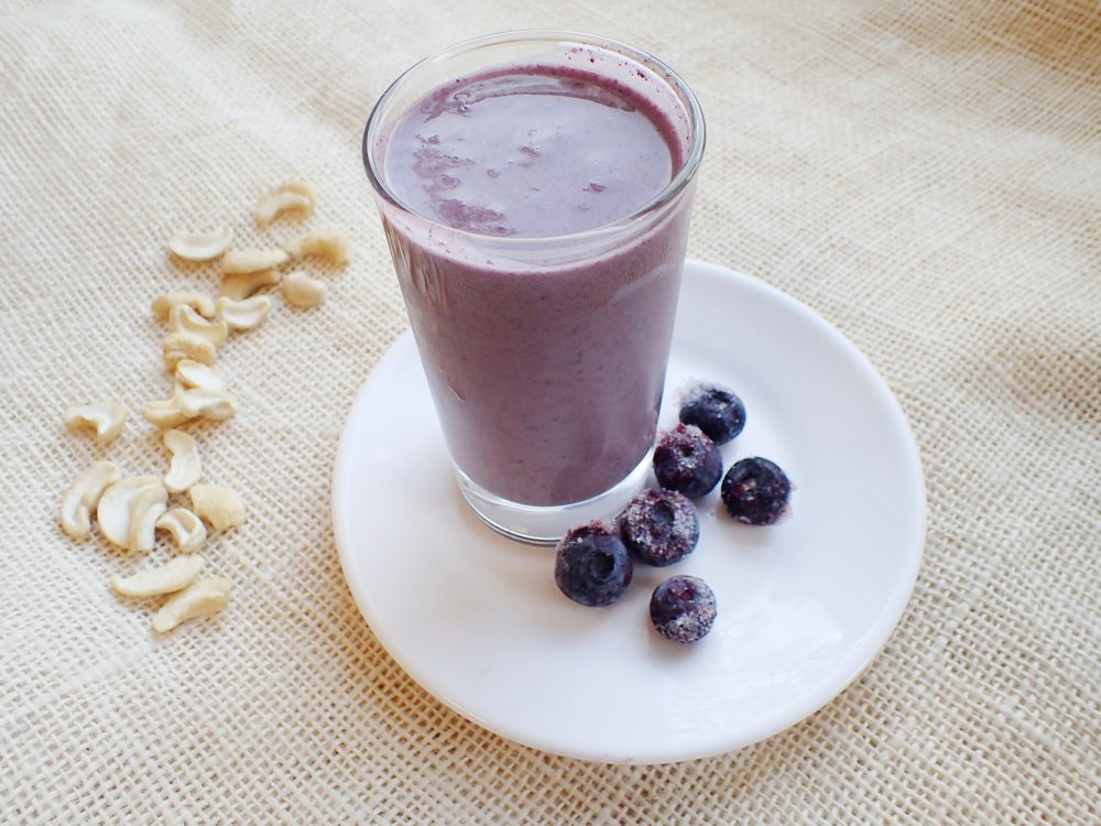 Blueberry Cashew Cream Smoothie