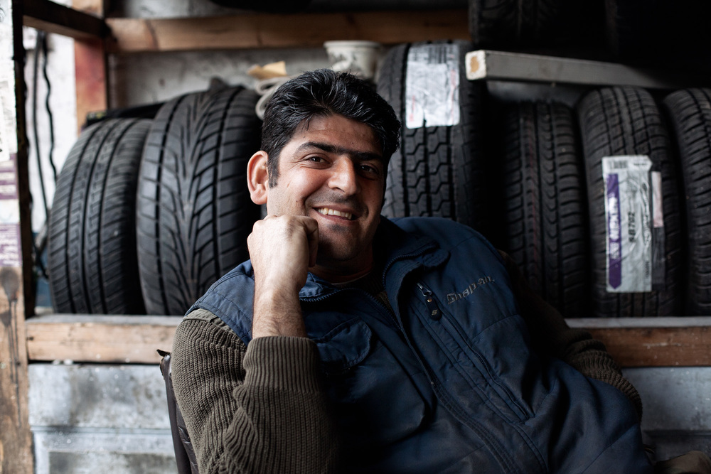 Ecevit is one of the many assistants in the garage, helping with jobs, cleaning or just sleeping. The garage has the atmosphere of a Turkish coffee shop, with friends and relatives dropping throughout the day and sometimes staying for hours.  It's a social business.