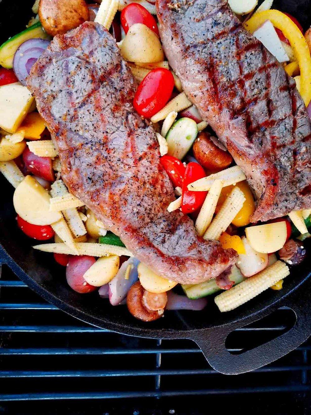 ashly-locklin-mohter-of-dragons-fire-grilled-steak-with-garlic-veggies.jpg