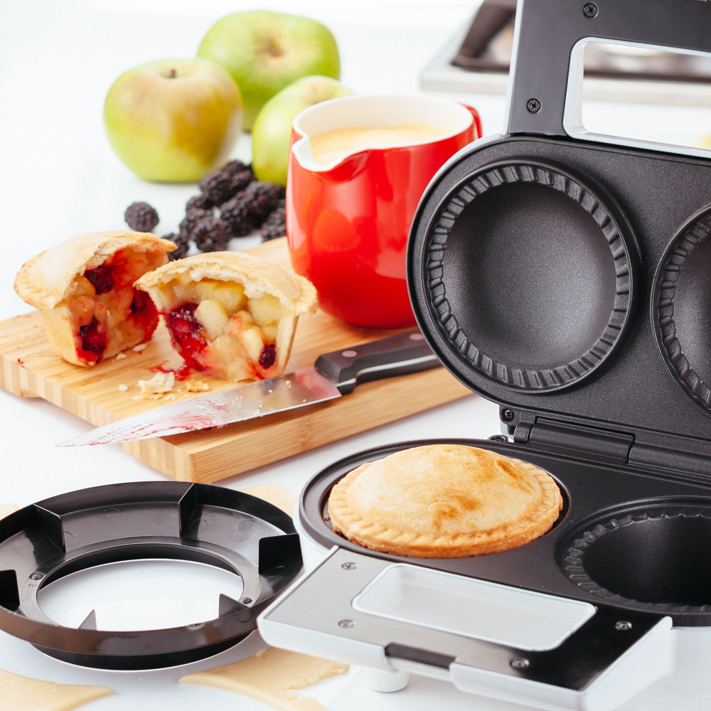 Pie machine, great for sweet and savoury pies