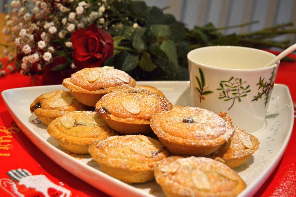 A mince pie with a twist- frangipane topping