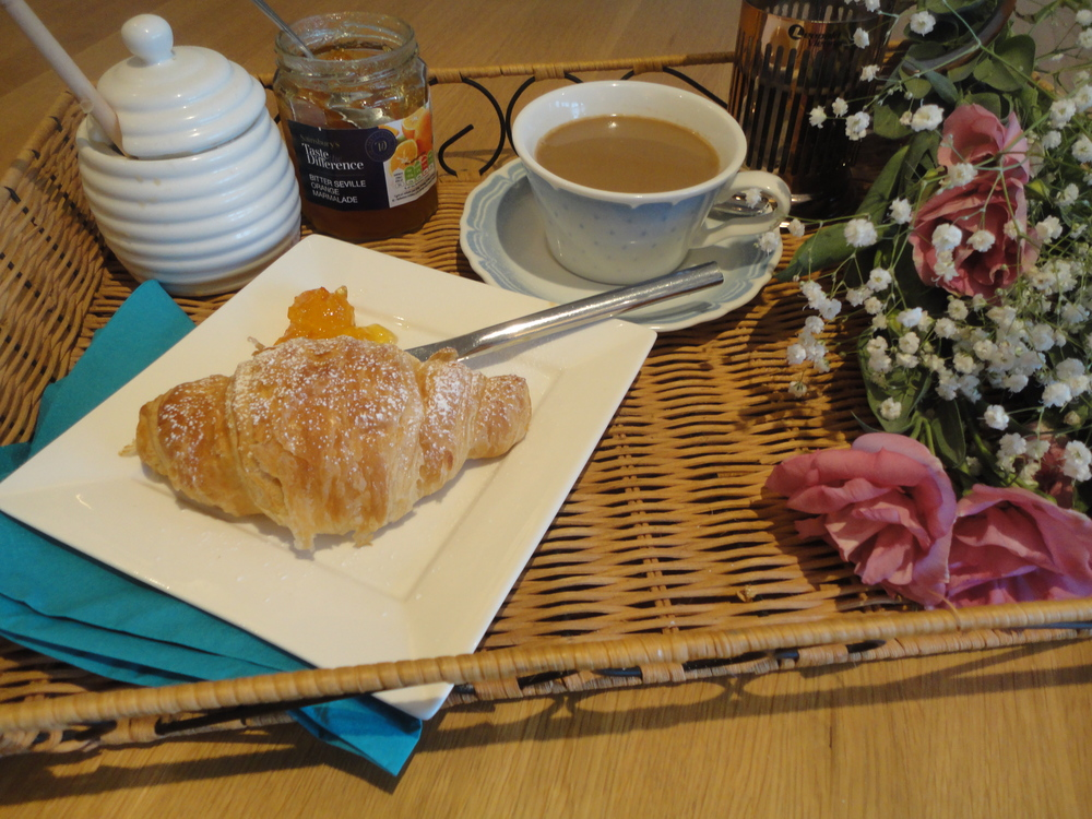 Breakfast in bed for your Mum this Mothers day