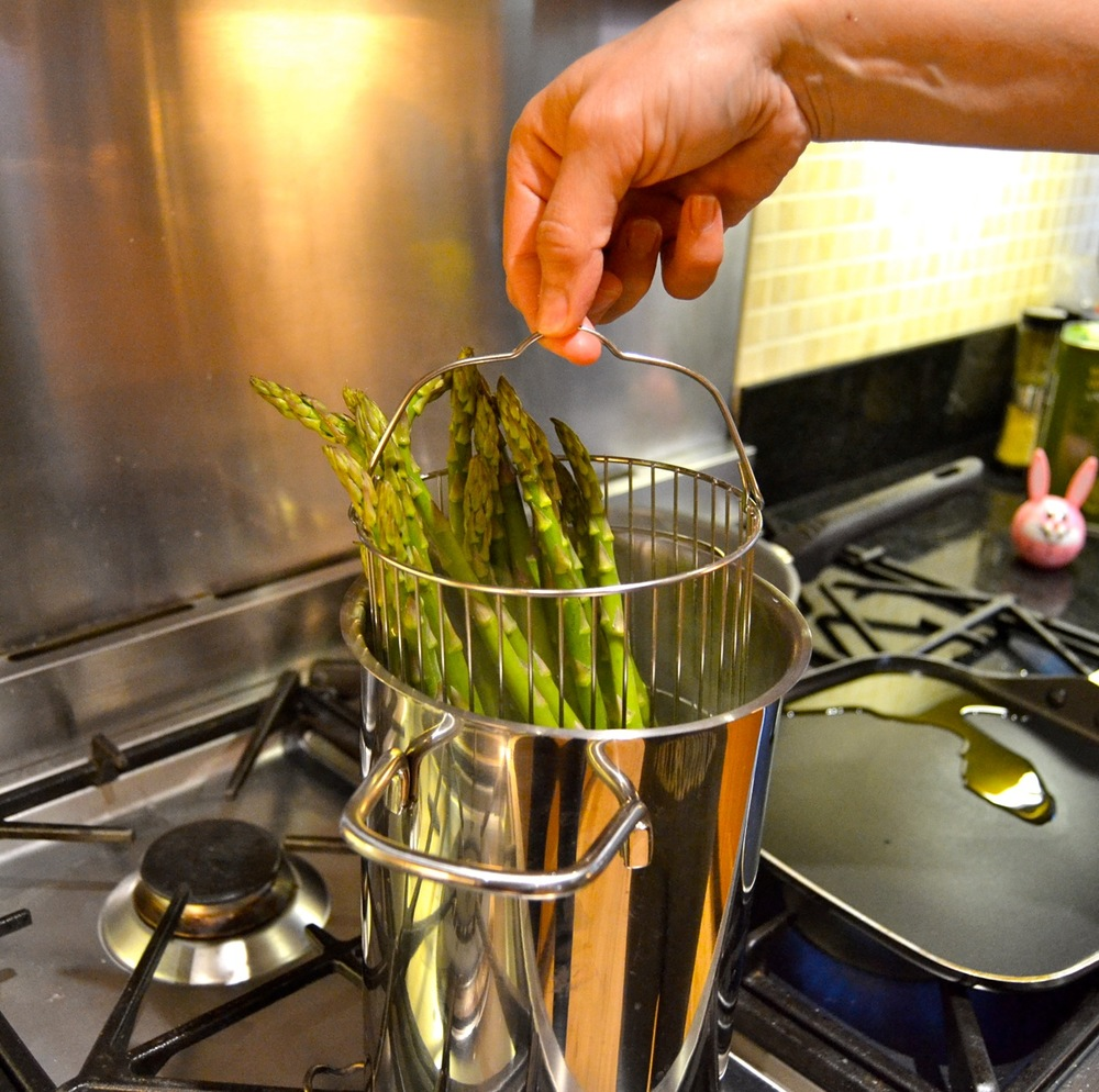 If you are a fan of asparagus, have you tried using one of these?