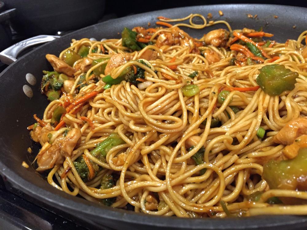 Sriracha Chicken and Broccoli lo-mein noodle dish