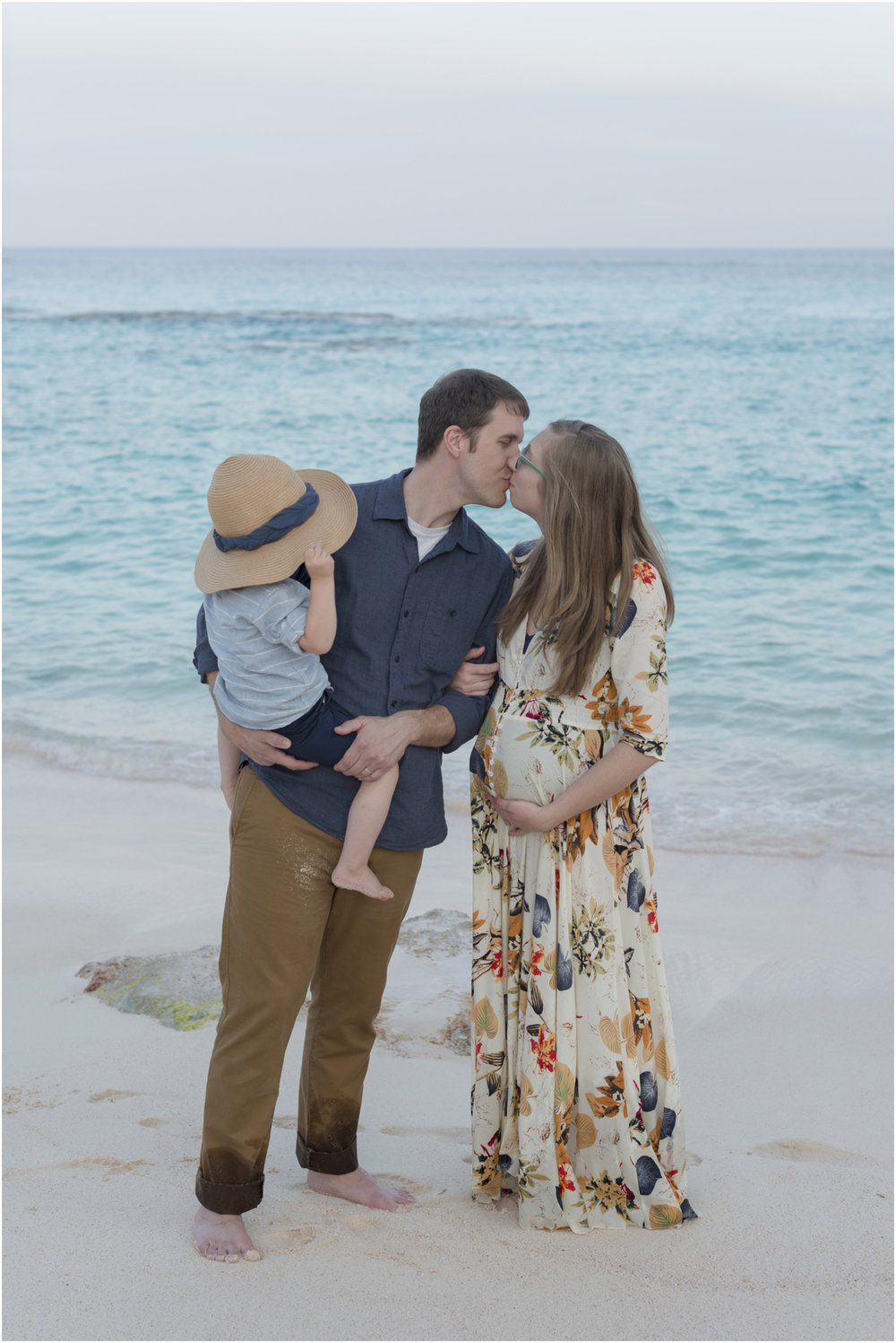 ©FianderFoto_Heather_Maternity_Bermuda_9.jpg