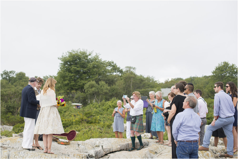 ©FianderFoto_Molly_Jud_Wedding_Maine_016.jpg