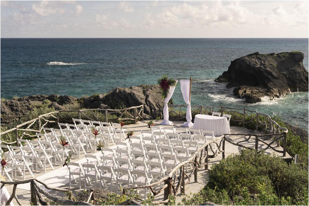 ©FianderFoto_Bermuda_Wedding Photographer_Hamilton_Princess_Brielle_Brandon_019.jpg