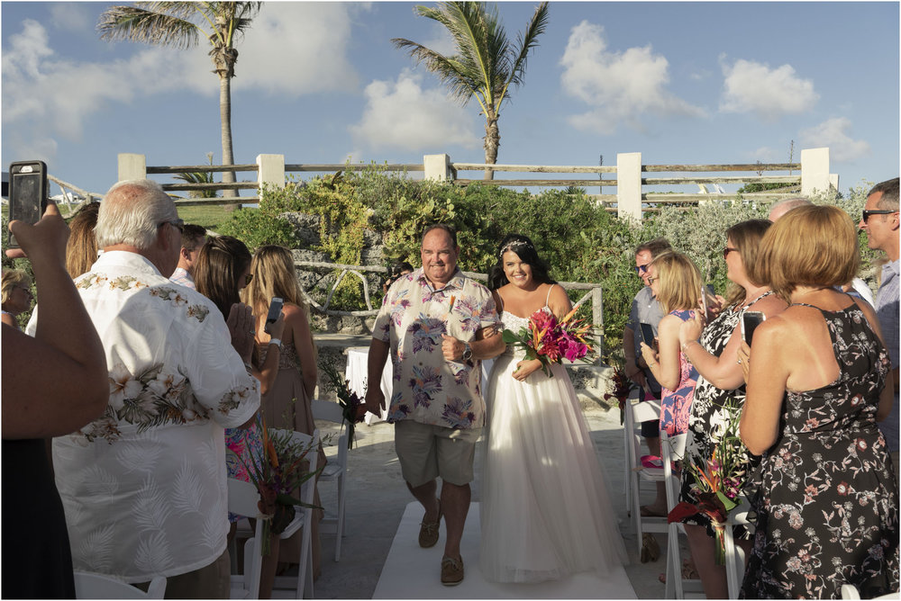 ©FianderFoto_Bermuda_Wedding Photographer_Hamilton_Princess_Brielle_Brandon_025.jpg