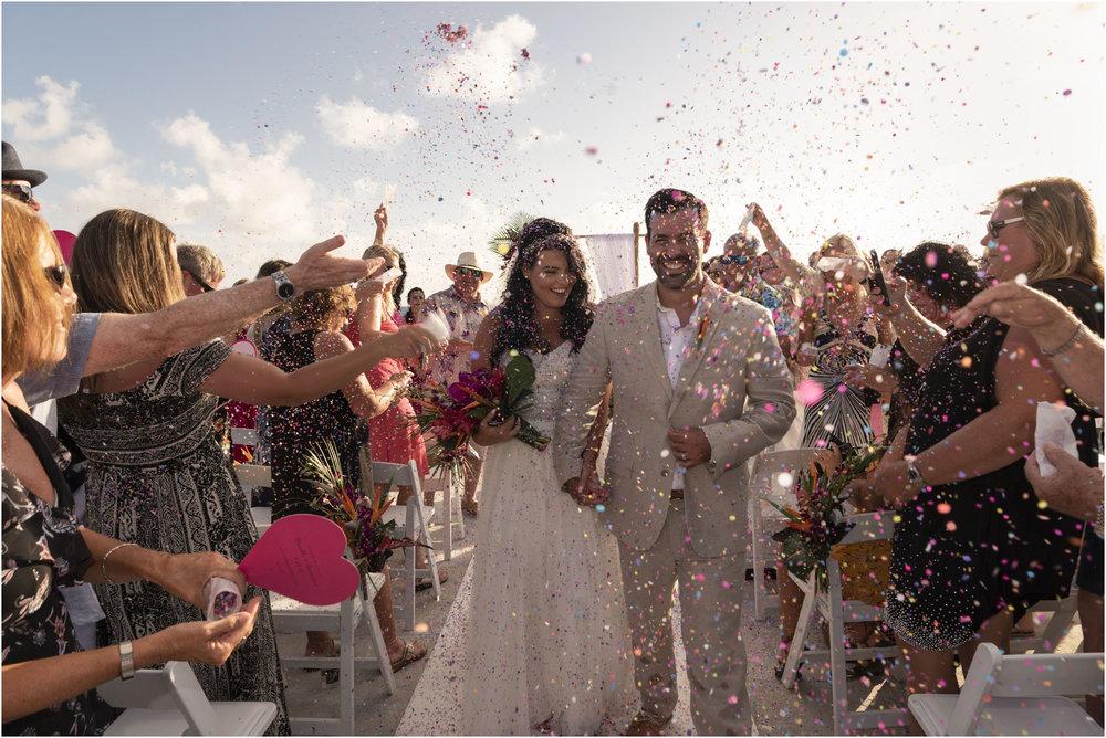 ©FianderFoto_Bermuda_Wedding Photographer_Hamilton_Princess_Brielle_Brandon_032.jpg