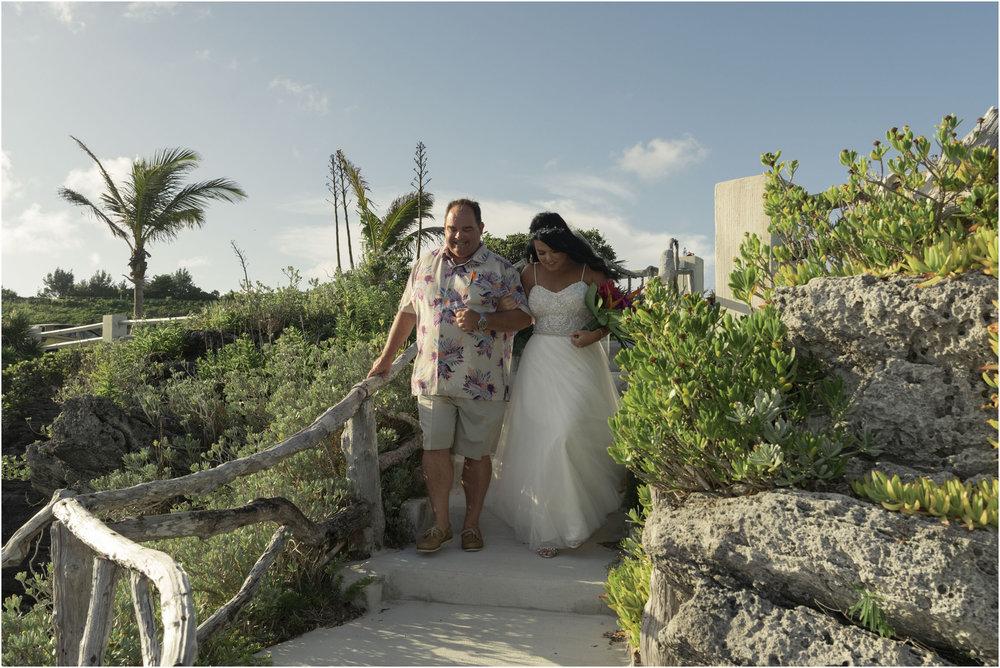 ©FianderFoto_Bermuda_Wedding Photographer_Hamilton_Princess_Brielle_Brandon_067.jpg